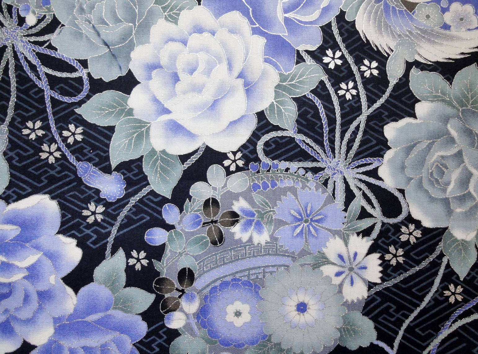 HJ2065 Vivid floral pattern Japan wholesale fabric silver outline